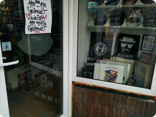 SirPreiss Dekade Vinyl @ Hood Company